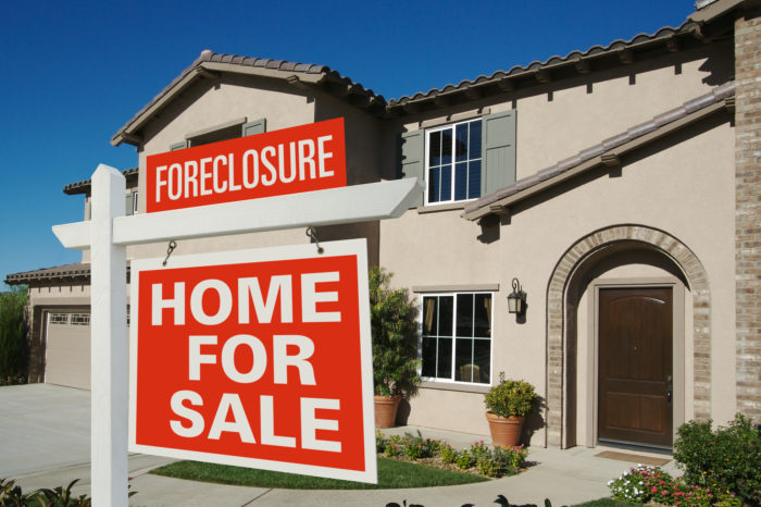 Bankster Watch: JP Morgan Class Action Lawsuit Says Bank Forecloses Homes Without Notice